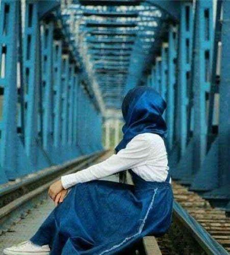 عکس پروفایل دخترانه غمگین لاکچری